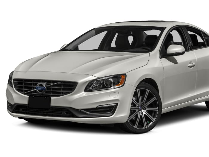 2015 volvo s60 safety features. Black Bedroom Furniture Sets. Home Design Ideas