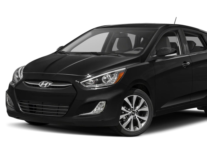 2015 Hyundai Accent Sport 4dr Hatchback Pictures