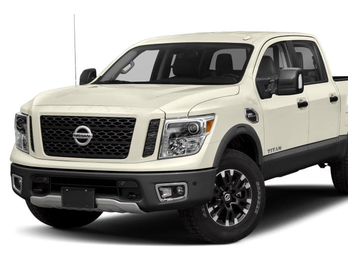 2017 nissan titan pro 4x 4dr 4x4 crew cab 5 6 ft box 139 8 in wb specs and prices. Black Bedroom Furniture Sets. Home Design Ideas