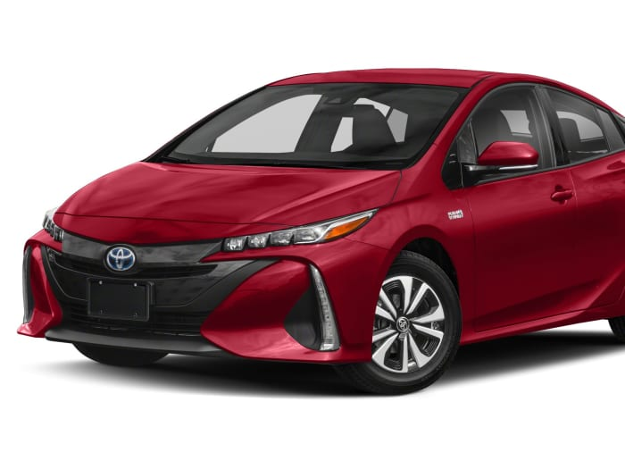 2017 toyota prius prime safety features. Black Bedroom Furniture Sets. Home Design Ideas
