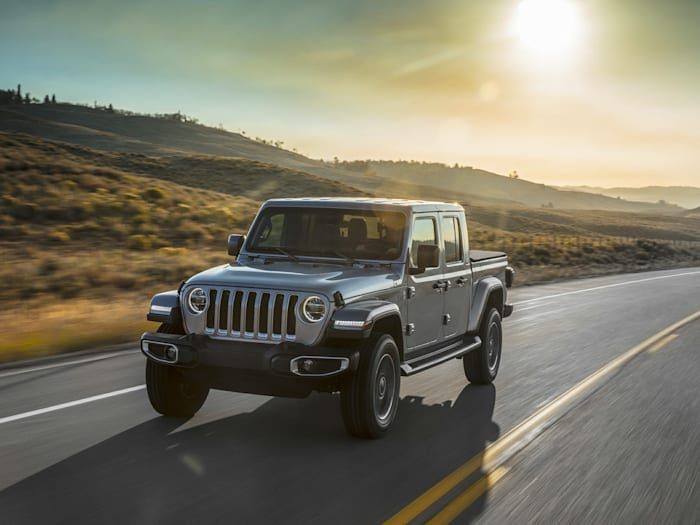2021 jeep gladiator rubicon 4dr 4x4 crew cab 5 ft box