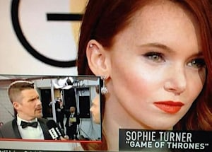e misidentifies sophie turner at golden globe awards twitter explodes