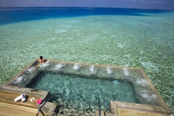 Velassaru Maldives hot tub