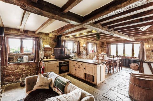 The lovely farmhouse kitchen.