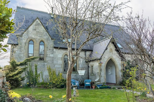 The pretty chapel in Conwy