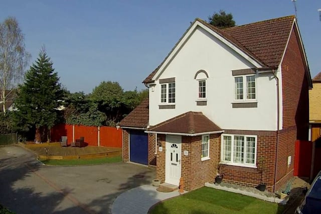 Four-bed house near Gordon's School, Surrey