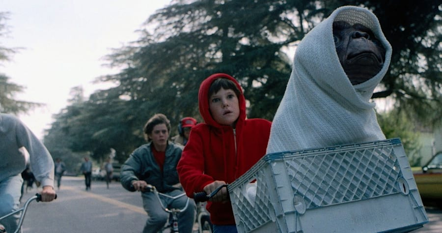 18 Things You Never Knew About Steven Spielberg's 'E.T.'