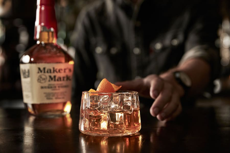 4 Manly Cocktail Recipes For Guys Who Are Sick Of