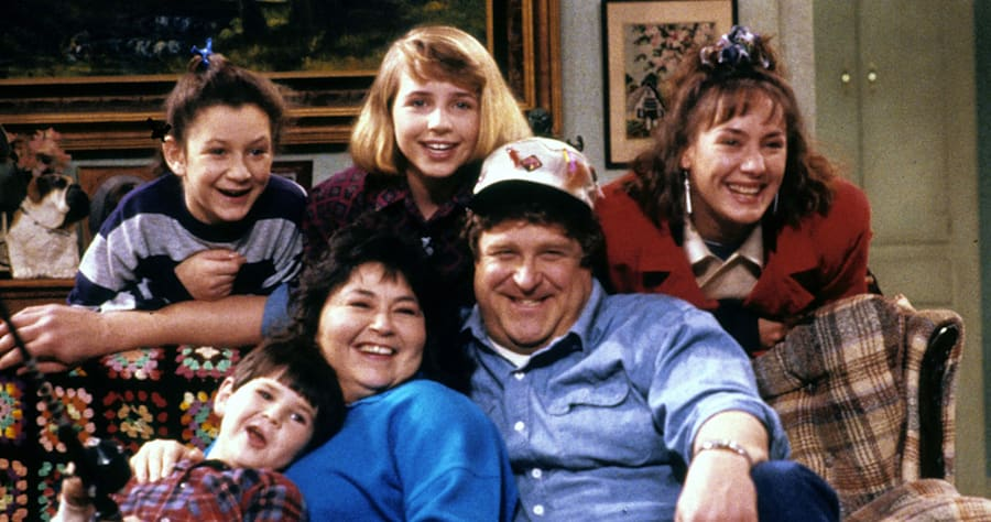 Roseanne (ABC) season 1Fall 1988Shown: [top] Sara Gilbert, Alicia Goranson, Laurie Metcalf [on sofa] Michael Fishman, Roseanne, John Goodman