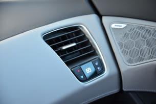 2014 Chevy C7 Corvette Stingray vents