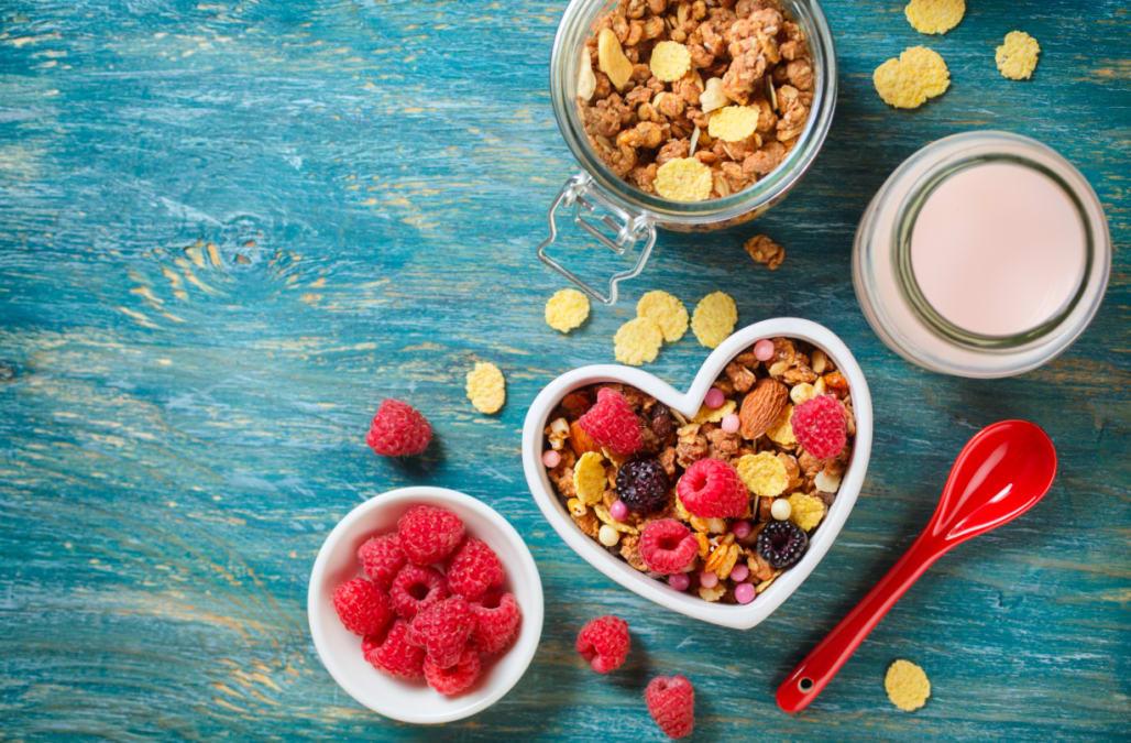 Delicious granola with berries