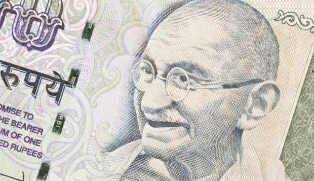 Gandhi image on 100 rupies indian banknote