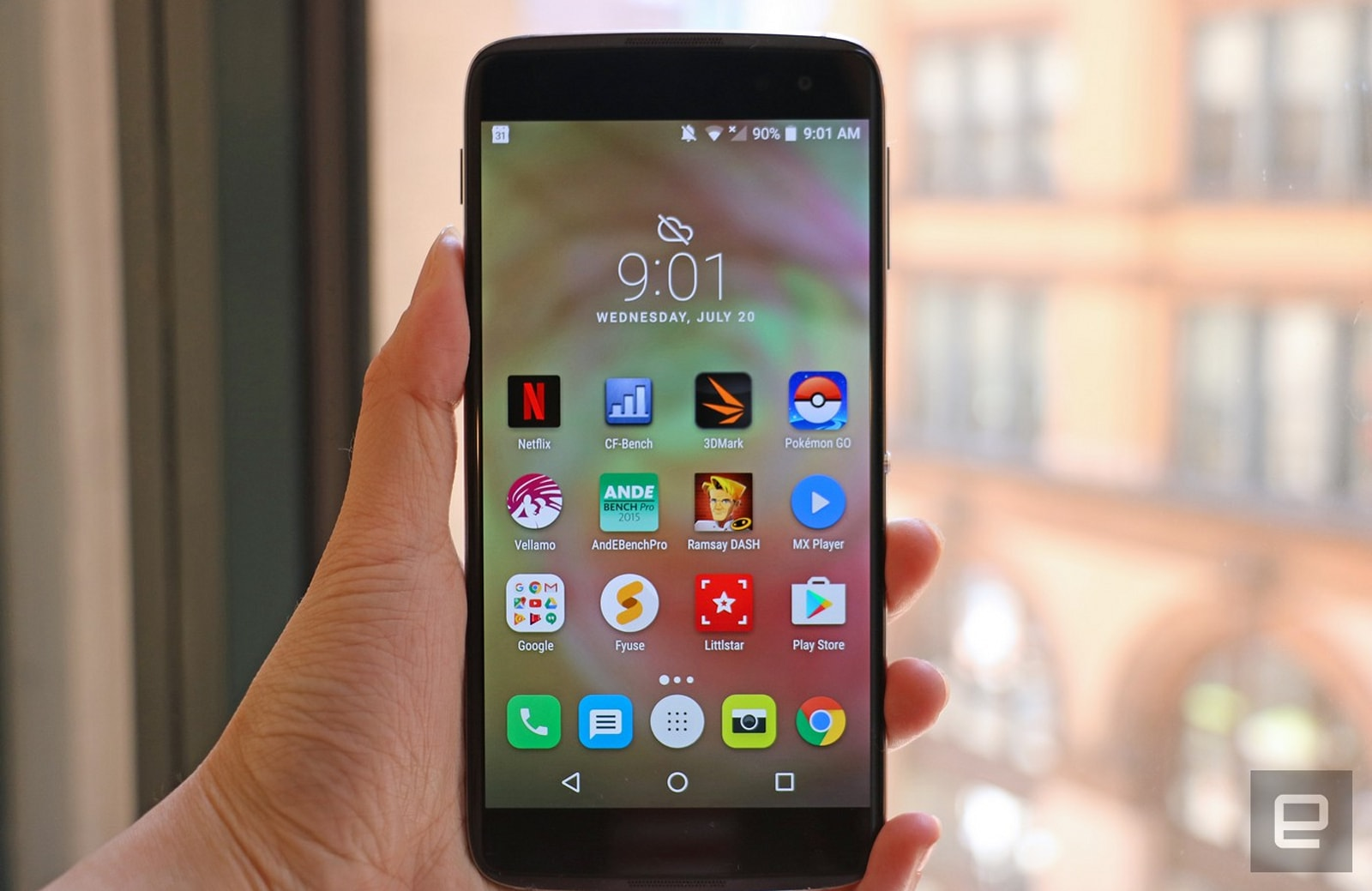 Alcatel's Idol 4S bundle is an affordable way to try out VR