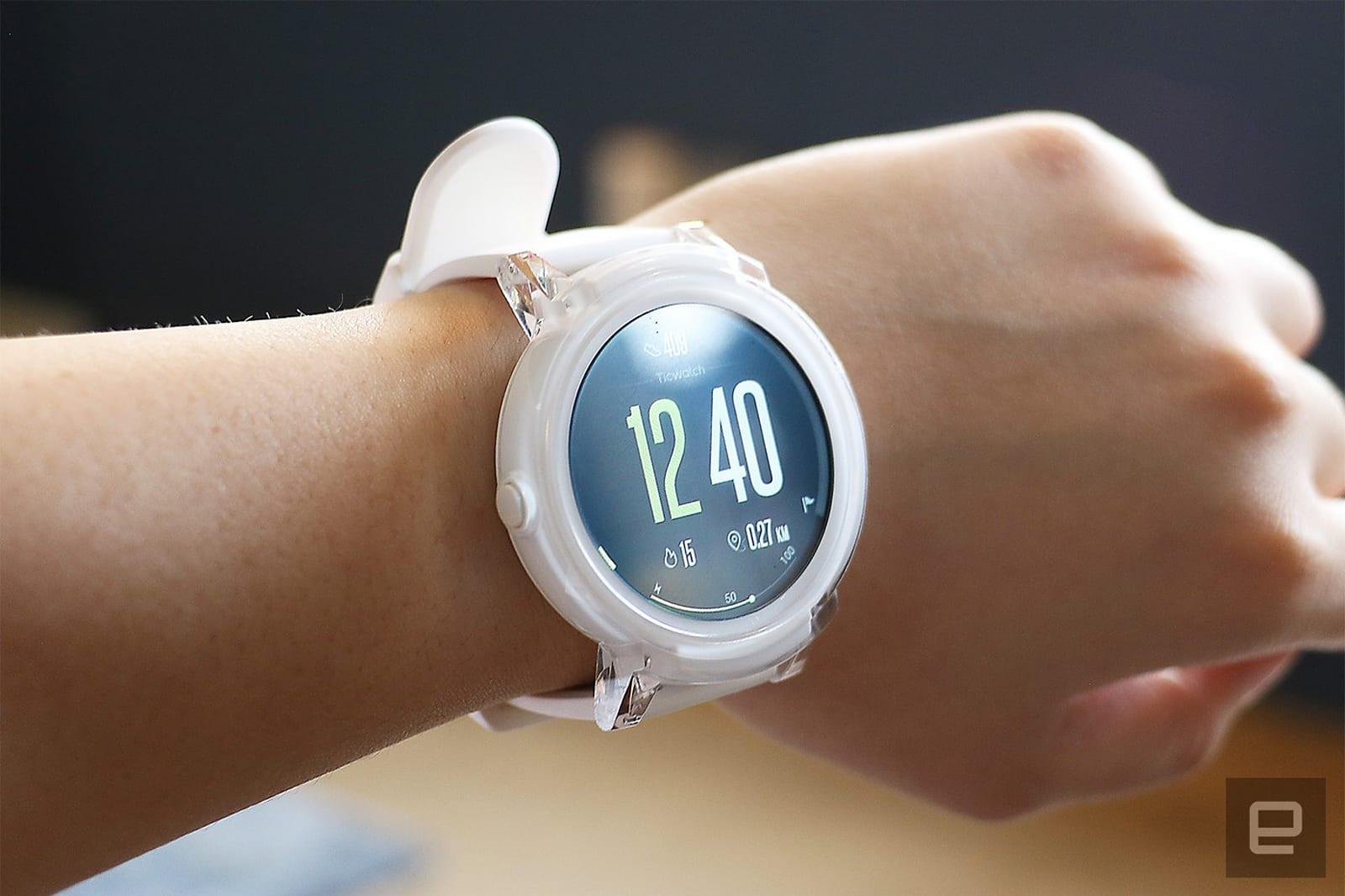 tech coming is gizmodo hyt to devices cz watch based liquid more watches