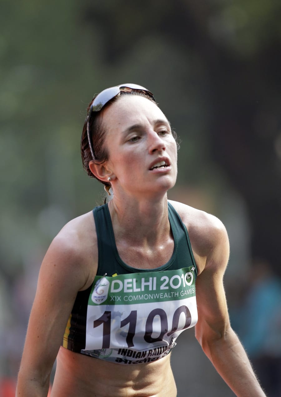 Lisa after finishing third in the women's marathon at the 2010 Commonwealth Games in New