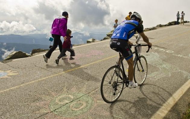 桌面网页版 Google Maps 为单车路线加入倾斜度资讯,可以选择更安全的路线