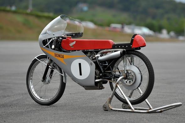 Honda Collection Hall Bike RC116