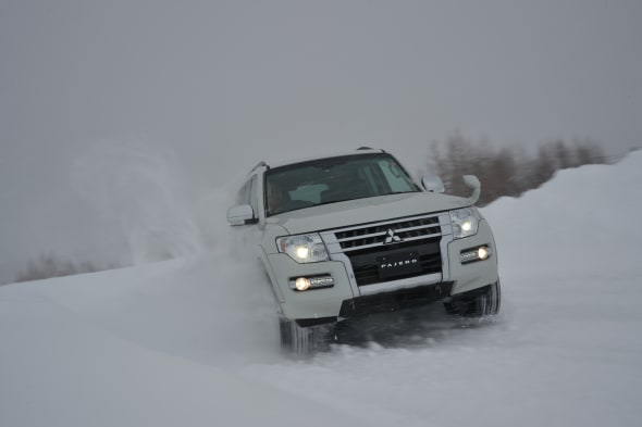 MITSUBISHI SNOW pajero