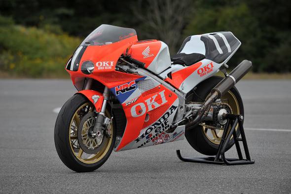 Honda Collection Hall bike RVF750