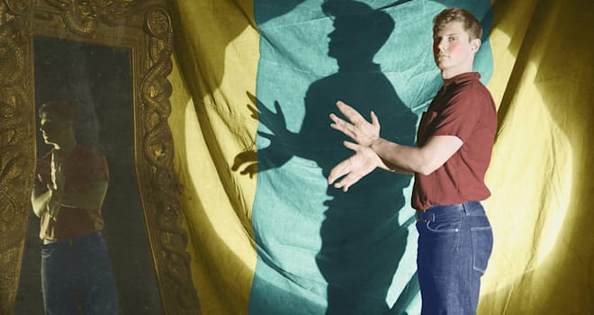 AMERICAN HORROR STORY: FREAK SHOW -- Pictured: Evan Peters as Jimmy Darling. CR: Frank Ockenfels/FX