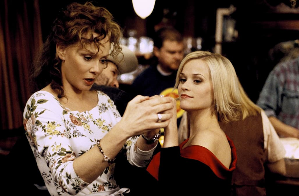 JEAN SMART & REESE WITHERSPOON SWEET HOME ALABAMA (2002)