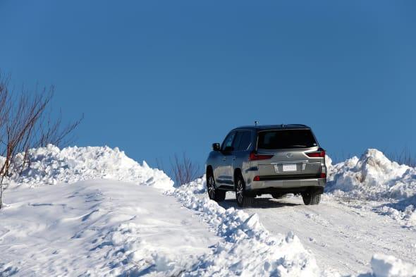 LEXUS Snow