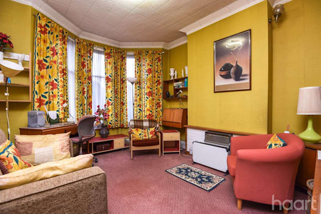 Is this the house that time forgot? Seventies property for sale in ...