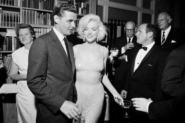 Marilyn Dress Auction