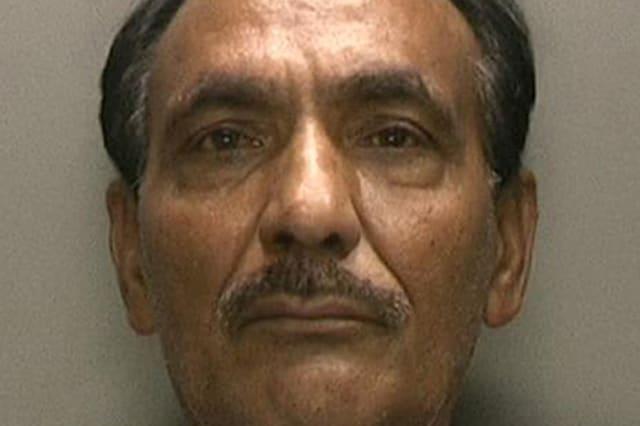 Smuggling fake passports Pakistan International Airlines Shaukat Ali Cheema