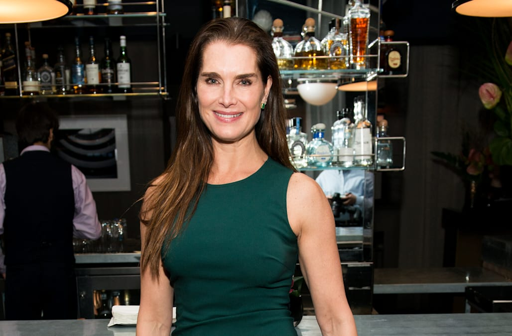 Brooke Shields Defies Age With Super Hot Bikini Photos -- Check It Out - Aol -2154