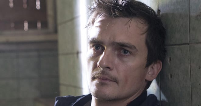 Rupert Friend as Peter Quinn in Homeland (Season 5, Episode 09). - Photo:  Stephan Rabold/SHOWTIME - Photo ID:  Homeland_509_2772.R