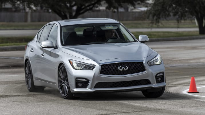 The Yin And Yang Of The 2017 Infiniti Q50 Red Sport 400 Autoblog