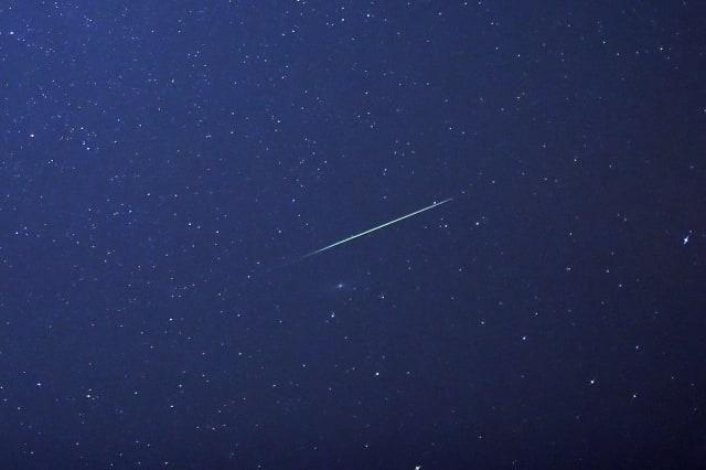 Meteor shower sparks fears of plane crash