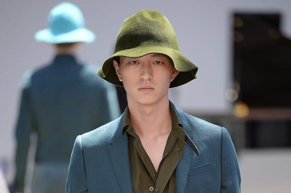 Burberry Prorsum - Mens Spring 2015 Runway - London Menswear Fashion Week