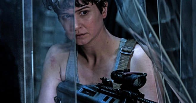 Katherine Waterston as Daniels in ALIEN: COVENANT