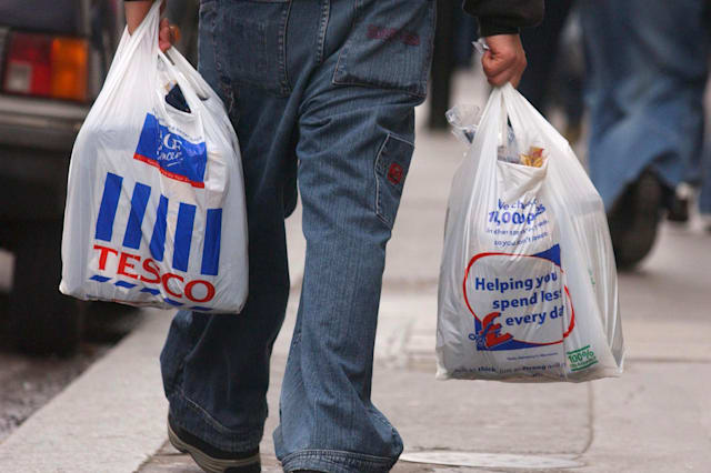 Tesco to scrap 5p carrier bags