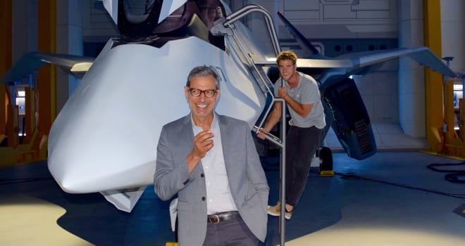 independence day resurgence, liam hemsworth, jeff goldblum