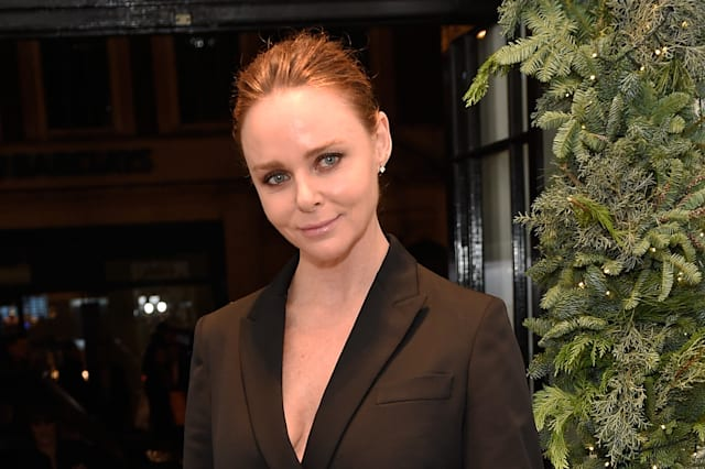Stella McCartney hits taxi then leaves without giving details