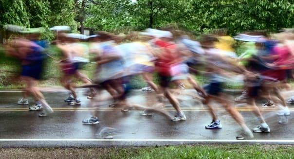 Blurred runners, long exposure.