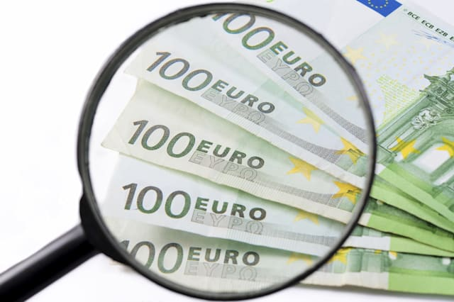 Are your Euros genuine? How to spot fake money