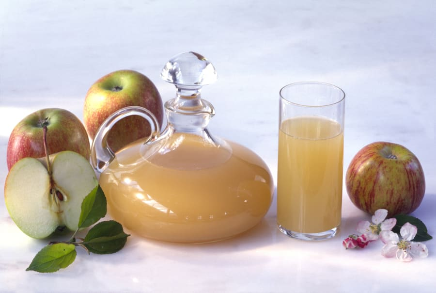 When looking for apple cider vinegar, opt for one with visible strand-like chains. This is called the