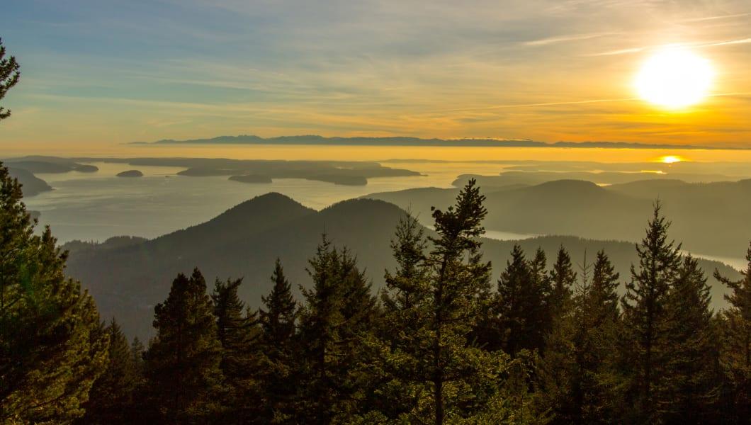 Island Mountain Sunset