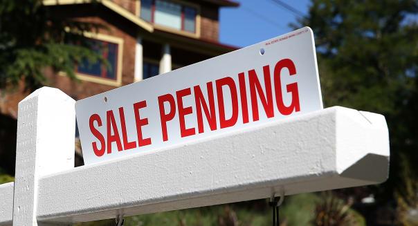 Pending Home Sales Jump, End Losing Streak
