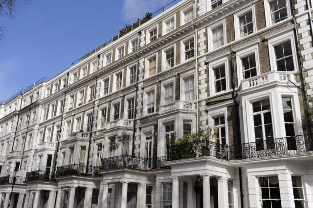 Great Britain, England, London, terraced houses with porticoes in West London