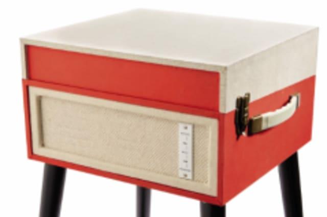 is aldi 39 s retro mother 39 s day record player a bargain aol. Black Bedroom Furniture Sets. Home Design Ideas