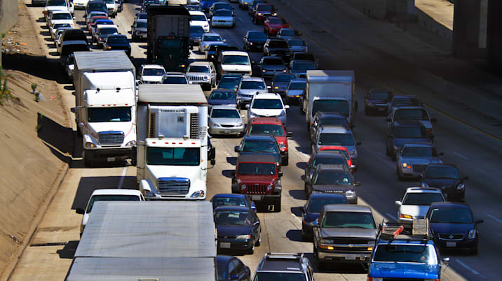 Traffic jam on southbound Harbor (110) Freeway that was closed near the Santa Monica (10) Freeway,