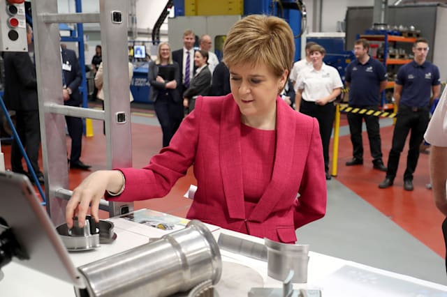 Sturgeon visits Advanced Forming Research Centre