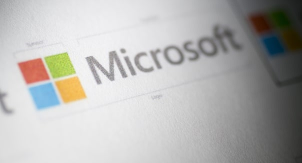 Former Microsoft manager charged with insider trading