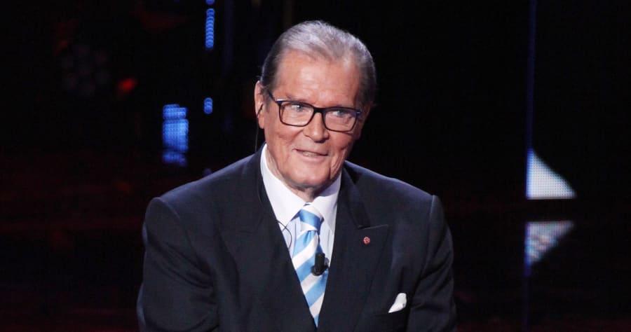 Roger Moore Appears On The Italian Show I Migliori Anni