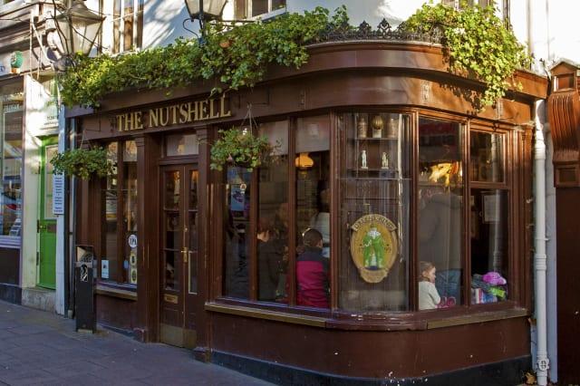 The Nutshell Bury St Edmunds, Suffolk, England, UK, England's smallest pub.